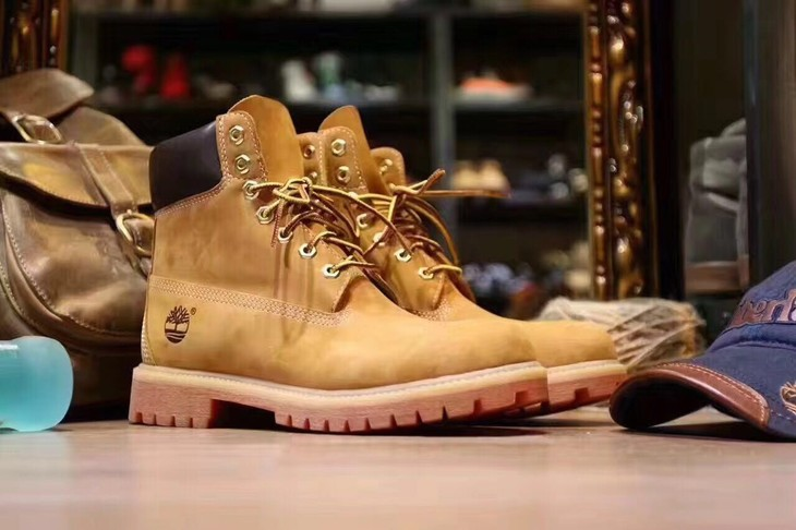 Timberland Wheat Premium 6 Inch Leather Boots