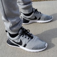 NIKE ROSHE RUN NM SP GREY HEATHER/WHITE BLACK