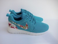 Nike Roshe Run Customs  Flower