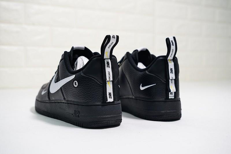 5a90bb51 Nike Air Force 1 07 LV8 Utility Pack AJ7747-001
