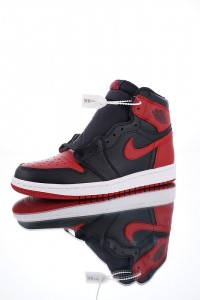 Nike Air Jordan 1  Retro High OG Banned 555088-001