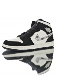 "Nike Air Jordan 1 Mid ""Equality"" 852542-010"