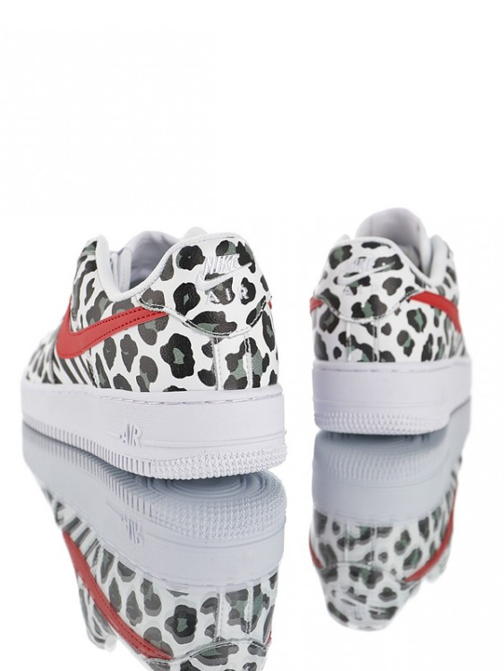 Nike Air Force 1 Low ´07 LV8 ID 905619-001