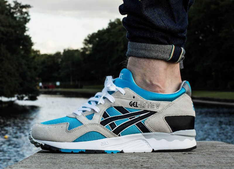 asics gel lyte v atomic blue/grey