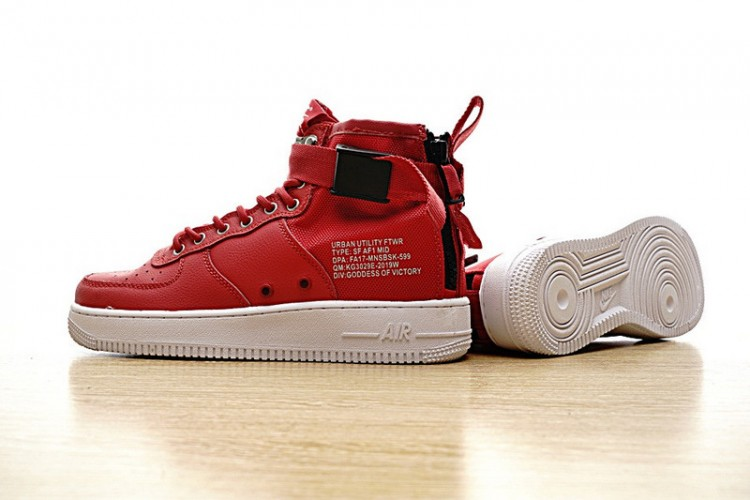 Nike SF Air Force 1 Mid QS 917753-006