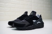 NIKE AIR HUARACHE Run SE 852628-001