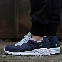 ​ASICS Gel-Lique  H6K0L-5050