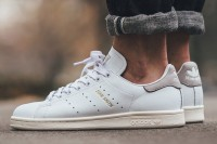 "Adidas Originals Stan Smith ""White_Running White_Clear Granite"" S75075"