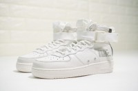 Nike Air Force 1 07 AA6655-100