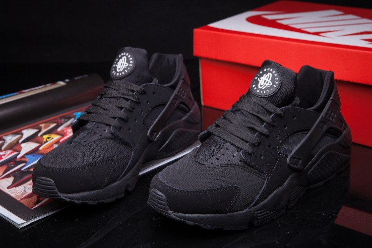 Nike Air Huarache LE All Black