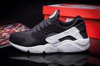 Nike Air Huarache LE Black White