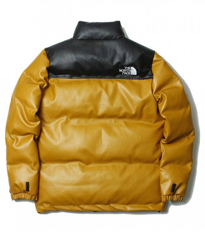 The North Face x Supreme​ CZ8545